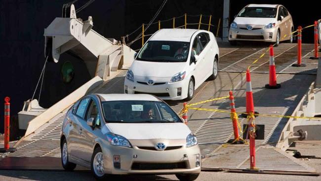رانت ارزی در کمین واردات خودروهای دستدوم خارجی