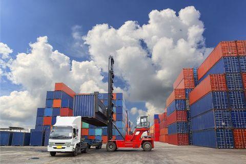 امسال رقم صادرات غیرنفتی به ۸.۴ میلیارد دلار رسید