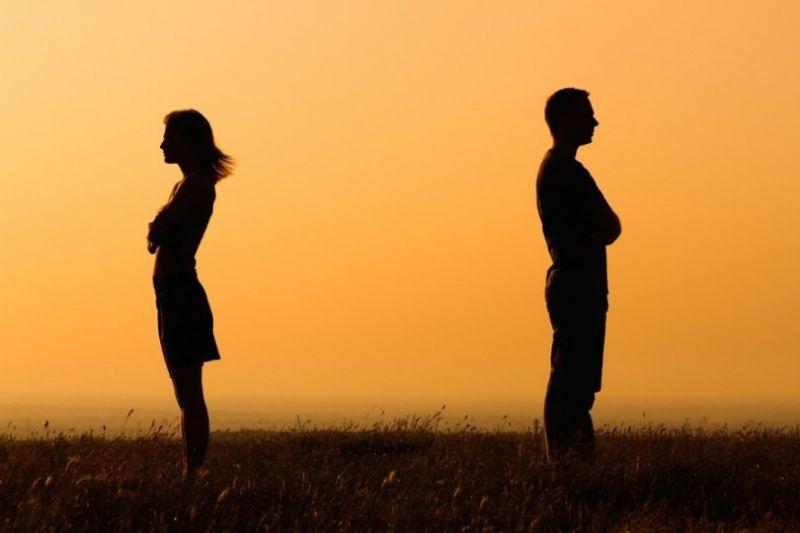 چرا طلاق عاطفی بین زوجهای ایرانی گسترش یافت؟