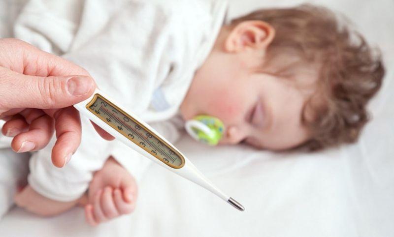 راههای پیشگیری از تشنج کودکان به دلیل تب