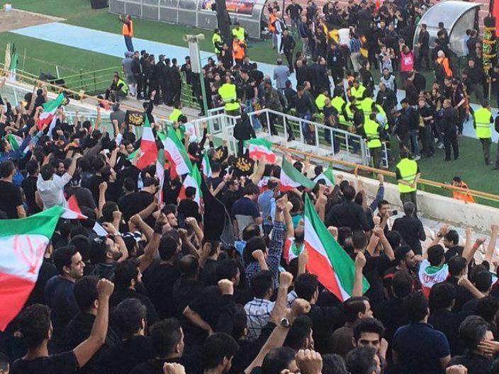زنان ایران به آزادی رسیدند/جامعه فوتبال در بوته آزمایش