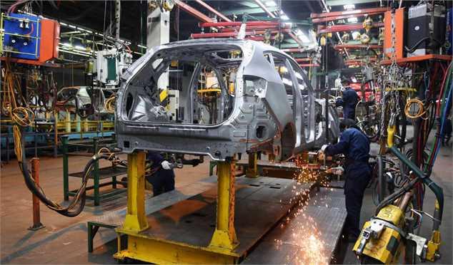 چرا وعده مسئولان درباره تکمیل خودرو های ناقص محقق نشد؟
