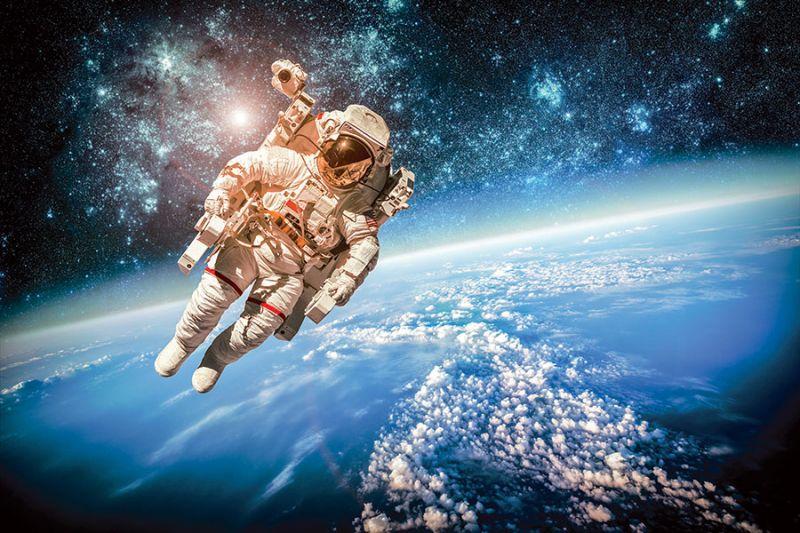 اهمیت فعالیت کسب و کارهای فضاپایه