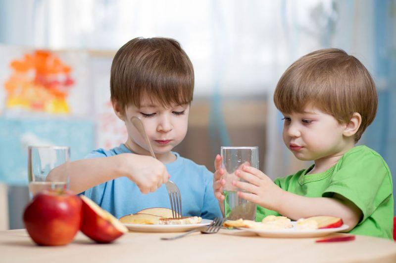 بهترین صبحانه برای کودکان و دانش آموزان