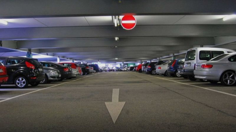 تهیه پارکینگ در هونگ کونگ گران تر از خرید خودرو