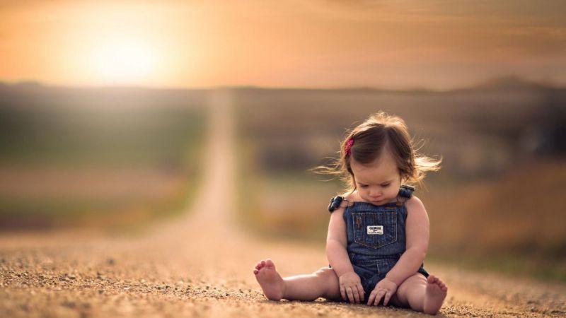 علاج تنهایی در خندیدن به دردهاست!