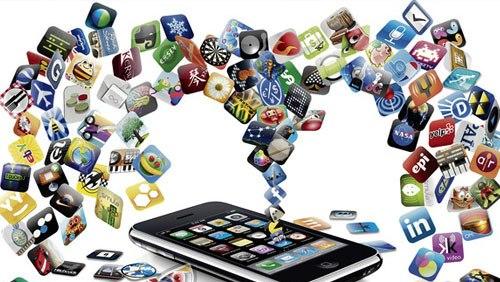مهم ترین دلایل جذابیت فضای مجازی برای جوانان