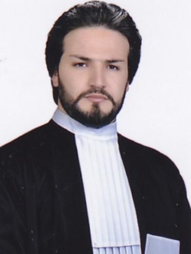 پرونده قضایی خود را به یک وکیل با سابقه و خوب بسپارید: