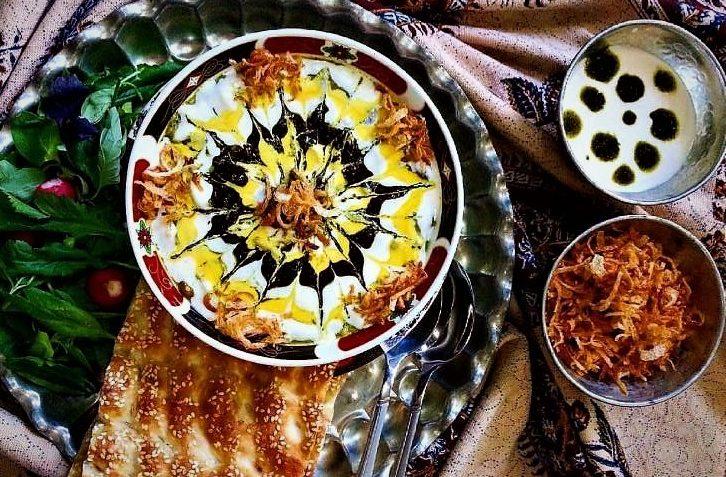 طرز تهیه آش رشته ماه رمضان 1400