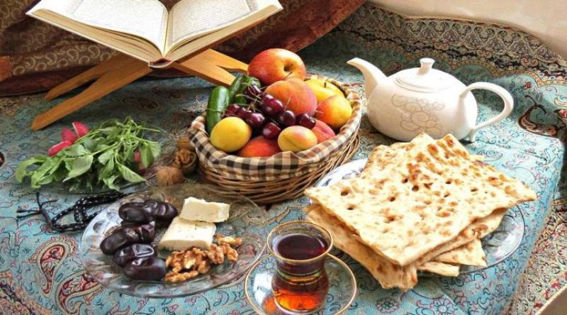 سحری و افطار چه بخوریم تا تشنه نشویم؟