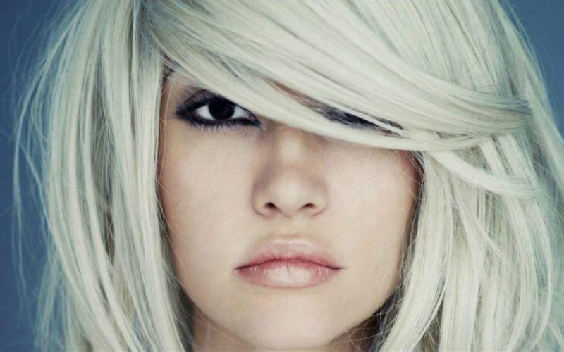 علت سفید شدن موی سر