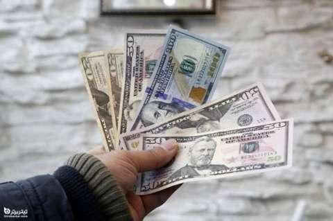 آینده دلار در پایان اسفند 99