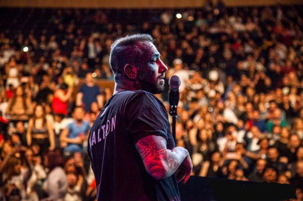 خداحافظی تتلو از دنیای موسیقی در اعتراض به مسئولان