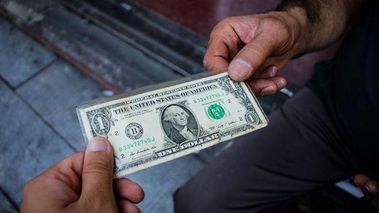 عامل اصلی ریزش دلار چیست؟