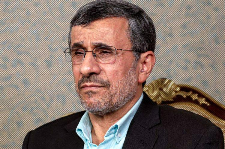اظهارات جنجالی احمدینژاد درباره حجاب اجباری