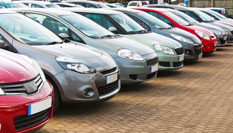 افت 30 درصدی قیمت خودرو/پیشبینی تداوم ریزشها همراه رکود در معاملات