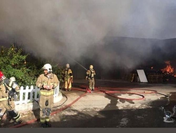 فیلم| جزییات تکمیلی از حادثه آتش سوزی شهرک صنعتی جاجرود