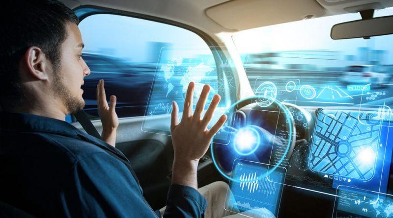 دو راهی بزرگ بر سر تکنولوژی خودرو های خودران