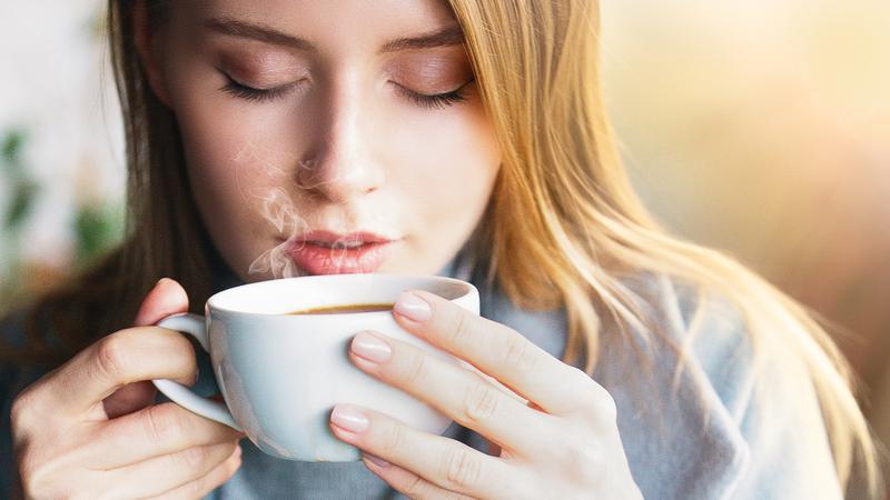 کافئین چه خطراتی برای بدن دارد؟