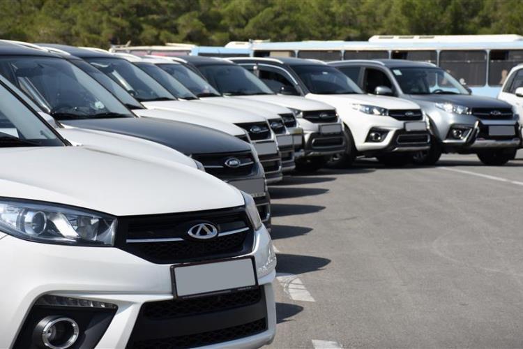 آیا بورس ناجی بازار خودرو می شود؟
