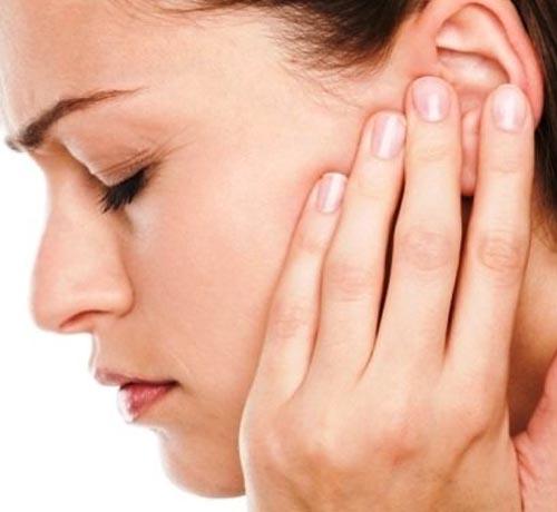 علائم اصلی عفونت گوش