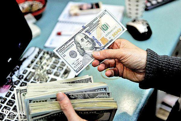 تصمیم جدید برای کاهش قیمت دلار در اردیبهشت 1400