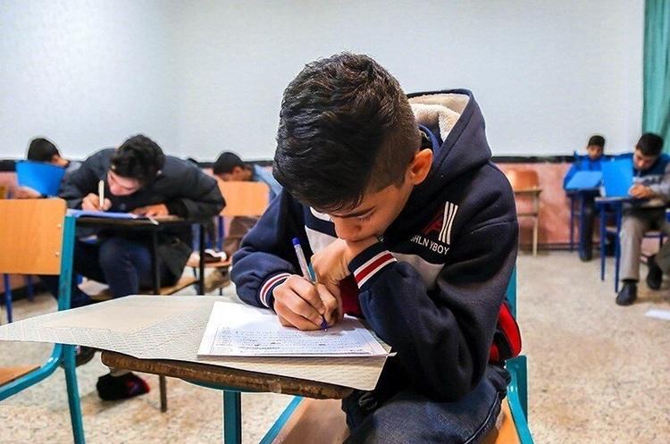 جزییات نحوه حضور دانش آموزان پایه نهم و دوازدهم در سر جلسه امتحان