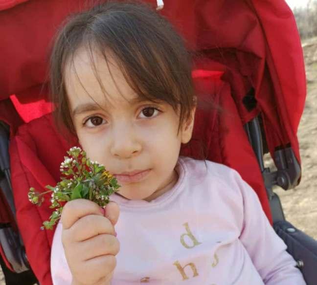 فریاد بی صدای نورا کودک ۴ ساله تبریزی مبتلا به بیماری SMA