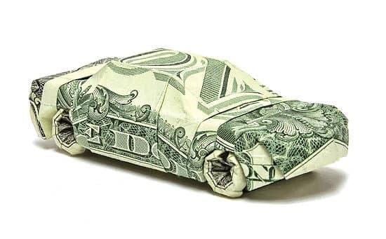 واکنش بازار خودروهای وارداتی به ریزش قیمت دلار