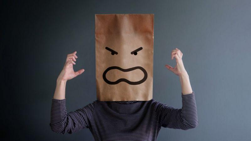 عادت های افراد ناراضی که شما نباید انجام دهید!