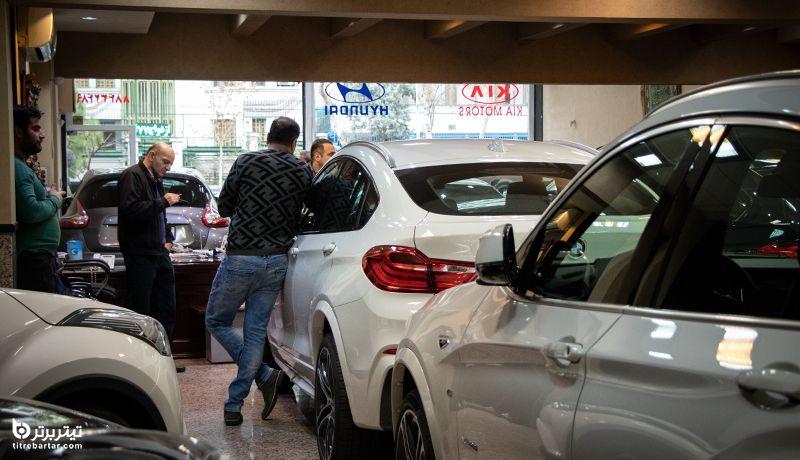 قیمت خودرو پس از انتخابات 1400 افزایش مییابد یا کاهشی؟
