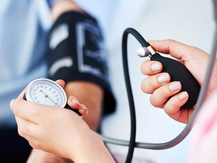 نشانه های اولیه فشار خون بالا در مردان و زنان
