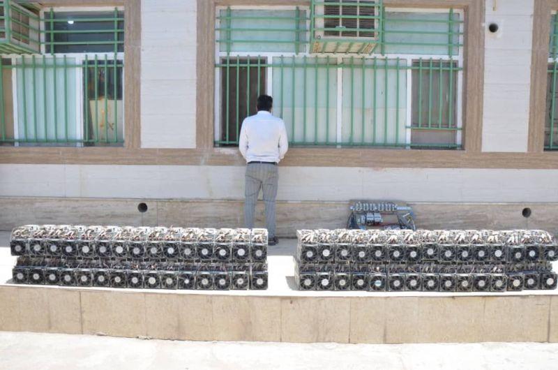 """60دستگاه تولید ارز دیجیتال در """"خرمشهر"""" کشف شد"""