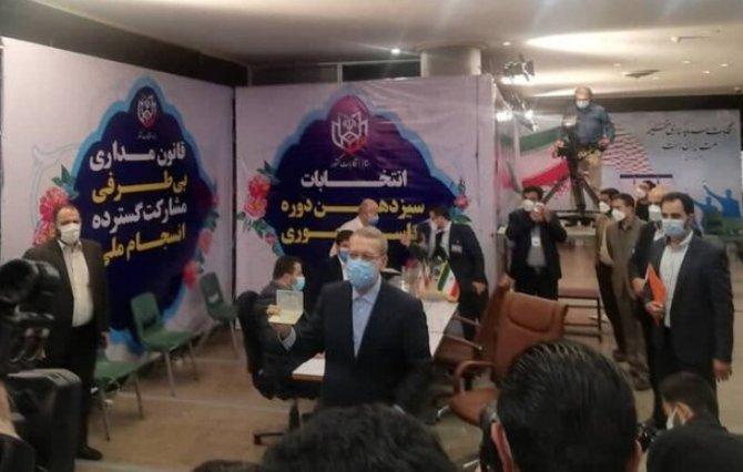 رقیب لاریجانی در انتخابات 1400 کیست؟