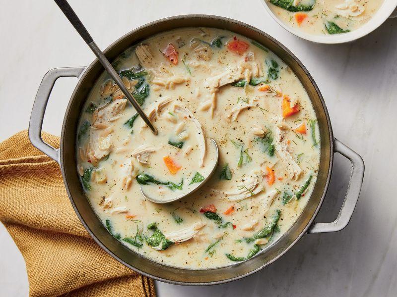 دستور پخت برای تهیه سوپ مرغ به روش جدید و آسان