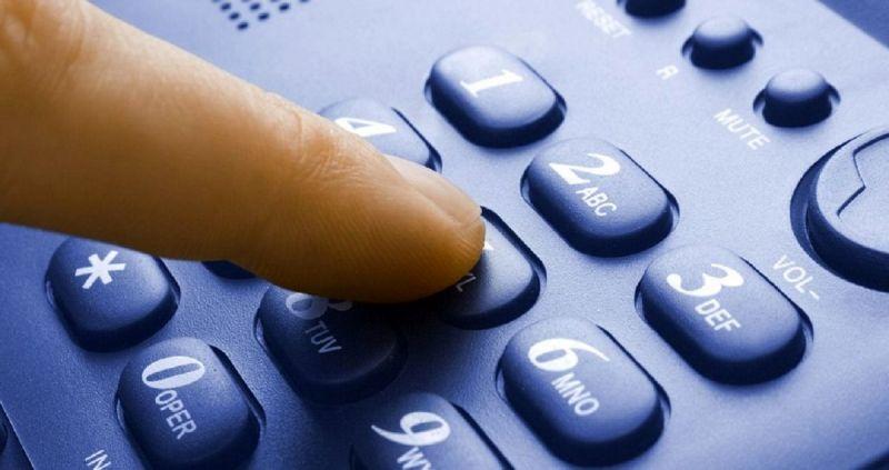 تمام روستاهای بالای ۲۰ خانوار شهرستان دهاقان از امکان تلفن ثابت برخوردار هستند