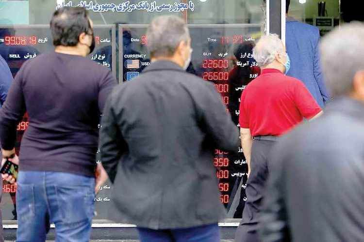 ریزش قیمت دلار ادامه دارد؟