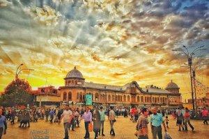 غروب خورشید در بافت قدیمی و تاریخی میدان امام(ره) همدان