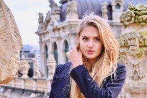 ماجرای انتخاب دختر مدلینگ بعنوان مربی بدنساز بازیکنان فوتبال+تصاویر