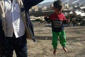 ماجرای کودک آزادی با تسبیح در ملایر