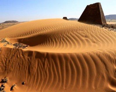 سودان برای جلب گردشگری به دنبال اهرام است