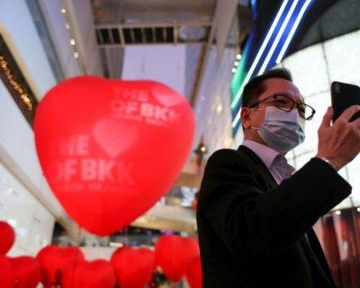 تصاویر جذاب جشن ولنتاین با ماسک