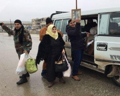 تصاویری از بازگشت آوارگان به شهر معره النعمان سوریه