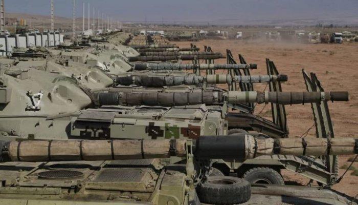 تصاویر رزمایش فاتحان خیبر ارتش در منطقه شمال غرب