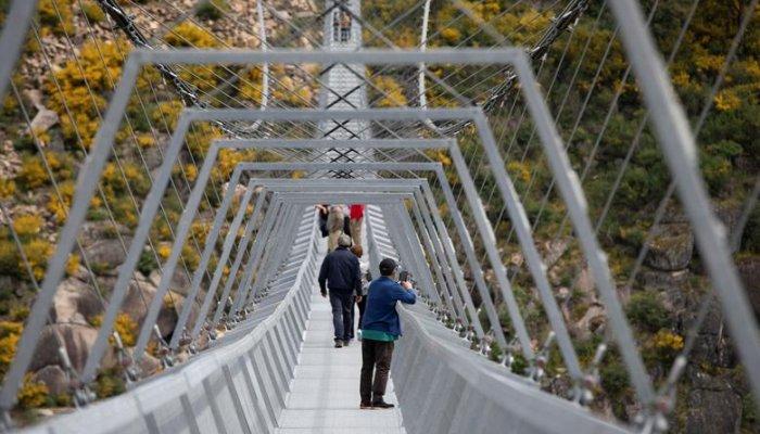 تصاویری از طولانی ترین پل معلق پیاده جهان
