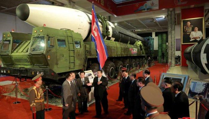 تصاویر سلاح های جدید نمایشگاه نظامی در کره شمالی