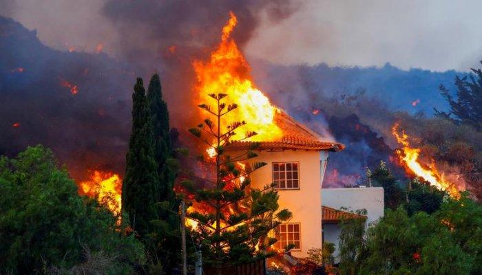 تصاویر فوران آتشفشان در جزایر قناری اسپانیا